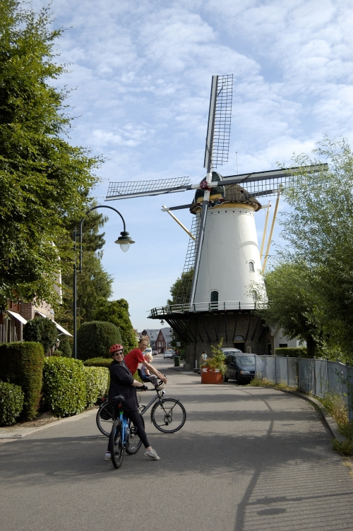 Our one overnight with friends in Netherlands was spent visiting and biking. How do we survive without friends?